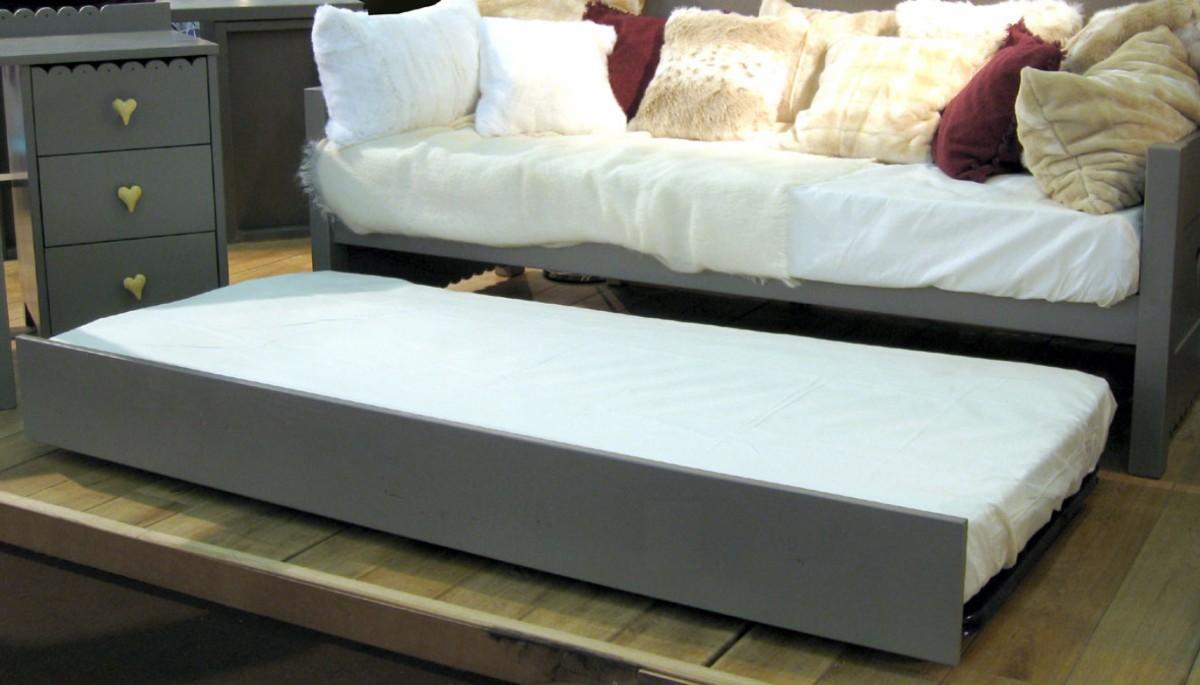 tiroir lit gigogne dominique mathy by bols. Black Bedroom Furniture Sets. Home Design Ideas